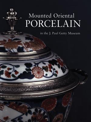 9-Libros-sobre-Arte-en-China-en-Abierto-mounted-porcelain