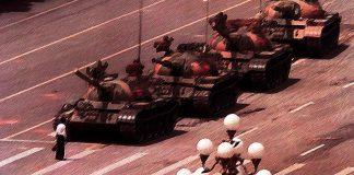 Cuando el mundo se tambalea: La primavera de Pekín en Tiananmen.